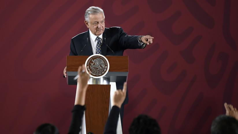 """López Obrador revela el hallazgo de una cámara espía en Palacio Nacional: """"Nos estaban grabando"""""""