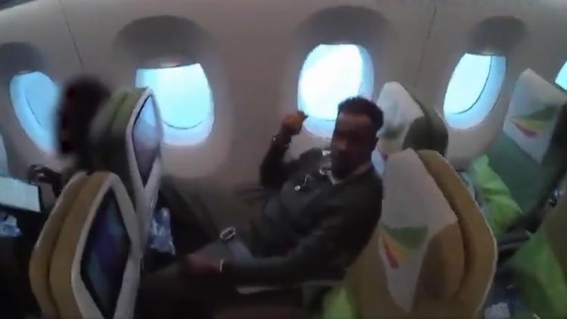 VIDEO: Momento del arresto de un pederasta que trataba de huir de la justicia minutos antes de que su avión despegara