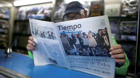 """Periódico """"Tiempo Argentino"""", tras las elecciones primarias en Argentina, 12 de agosto de 2019."""