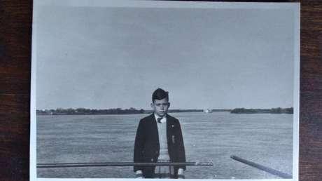 Alejandro Canale, con su uniforme del colegio San Juan el Precursor cuando era adolescente.