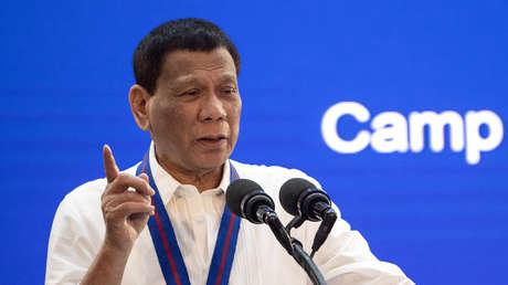 El presidente de Filipinas durante un discurso por el 118 aniversario de la Policía Nacional en Manila el 9 de agosto de 2019.