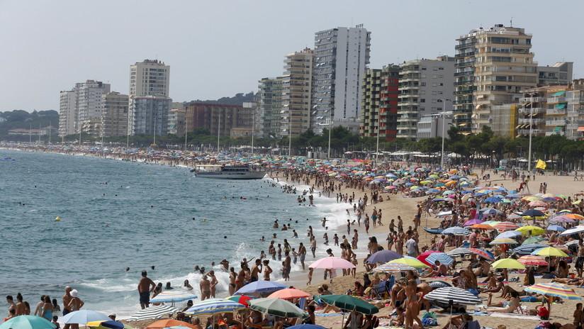 Una turista francesa denuncia violación grupal en una famosa playa de España