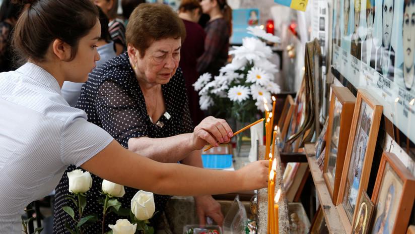 """""""Me dieron una segunda vida"""": Sobreviviente de la masacre de la escuela de Beslán relata detalles del ataque"""