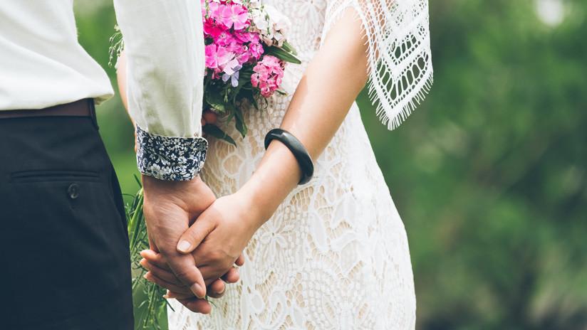 Irán: Anulan el matrimonio entre un hombre y una niña de 9 años tras viralizarse el video de la boda