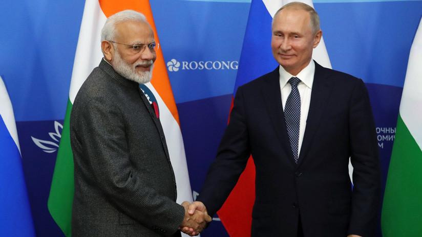 Construcción naval y suministro de armas por 14.500 millones de dólares: todo lo que acordaron Rusia y la India
