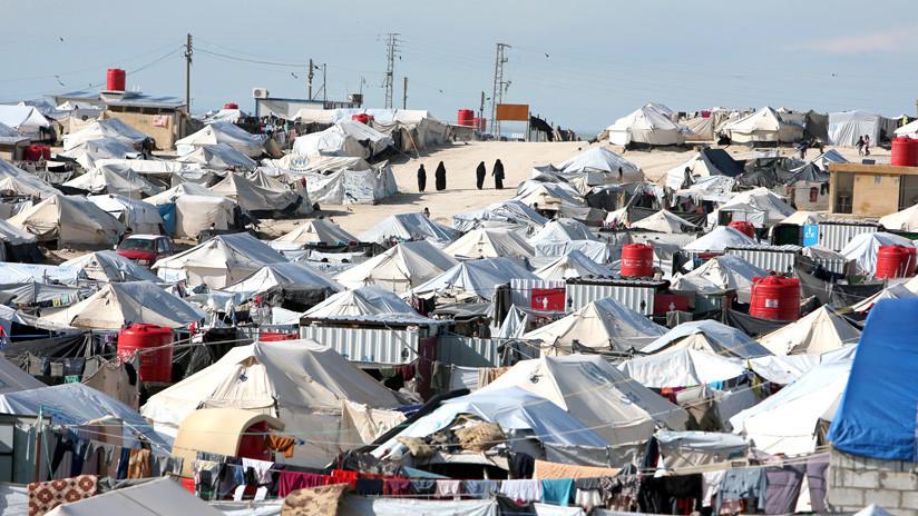 Al Hol, el campamento de desplazados en Siria donde mujeres del Estado Islámico imponen su ley del miedo