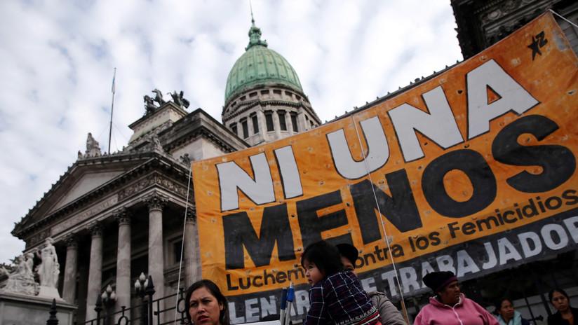 'Hackean' las redes sociales de una joven violada y asesinada hace dos años en Argentina, y los padres reciben un inquietante mensaje