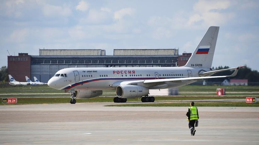 VIDEO: Arriba a Moscú el avión con los prisioneros rusos liberados por Kiev