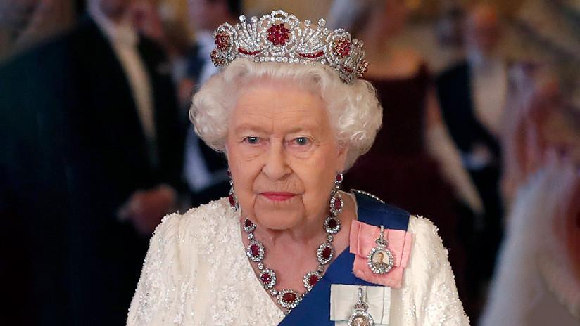 La reina de Inglaterra ratifica la ley contra el Brexit sin acuerdo