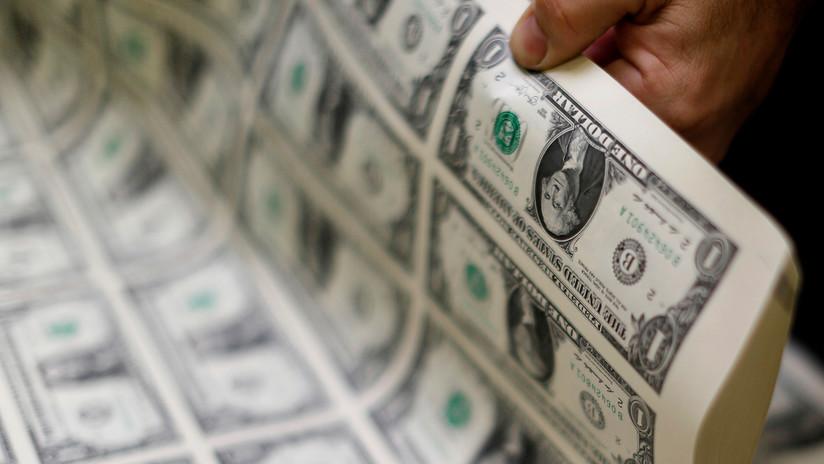 Reciben por error 120.000 dólares, los gastan y acaban acusados de robo