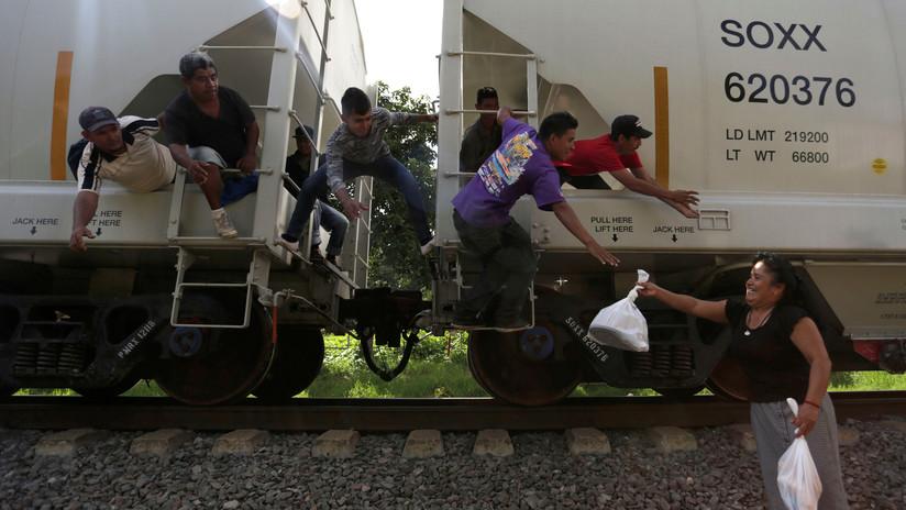 Roban la camioneta de 'Las Patronas', las mujeres que alimentan a los migrantes centroamericanos en México