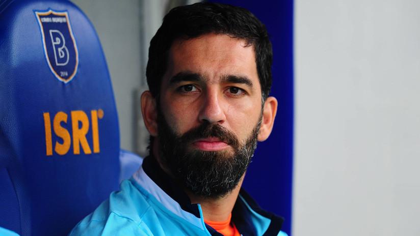 El futbolista Arda Turan condenado a 32 meses de prisión por disparar un arma en un hospital