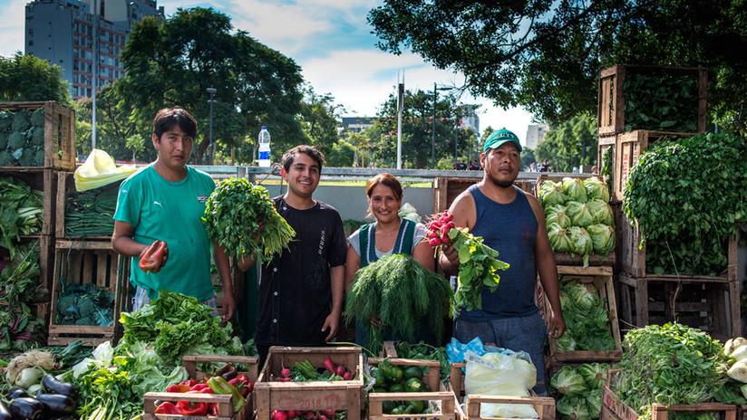 Cómo la organización de familias campesinas en Argentina logró ofrecer verduras baratas para el pueblo
