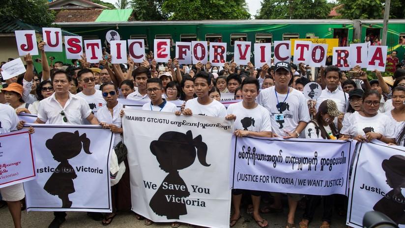 Una víctima de violación de tres años testifica en un tribunal en Birmania