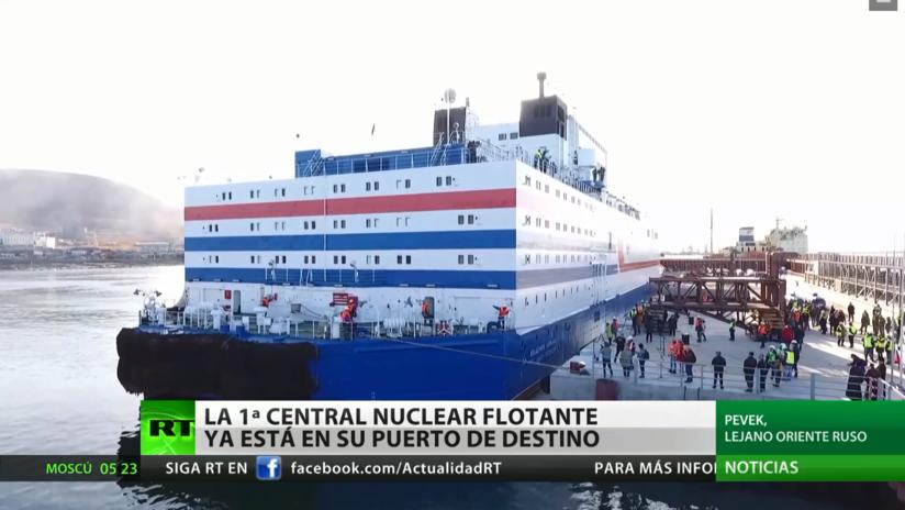 La primera central nuclear flotante rusa llega a su puerto de destino