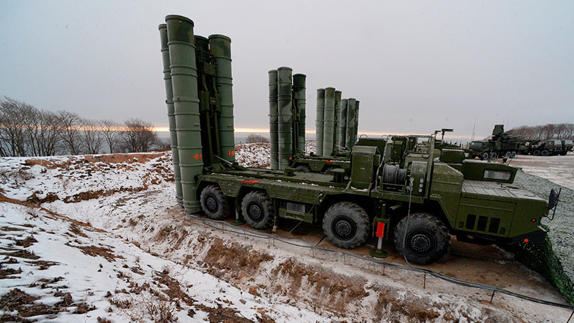 Rusia despliega sus avanzados sistemas antimisiles S-400 Triumf en el Ártico