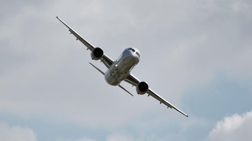 El nuevo avión ruso de pasajeros MS-21 realiza su primer vuelo internacional entre Moscú y Estambul