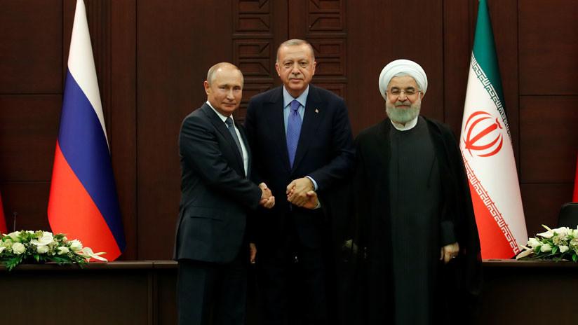 """Putin cita al Corán y alienta a Arabia Saudita a tomar """"una sabia decisión"""" y adquirir sistemas antiaéreos rusos"""