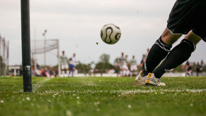 VIDEO: Un rayo alcanza a dos jugadores durante un partido de fútbol en Jamaica