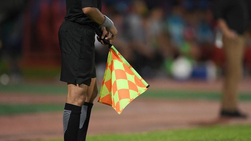 Estalla polémica en el fútbol ecuatoriano al anularse el cobro de un penal con base en un VAR improvisado