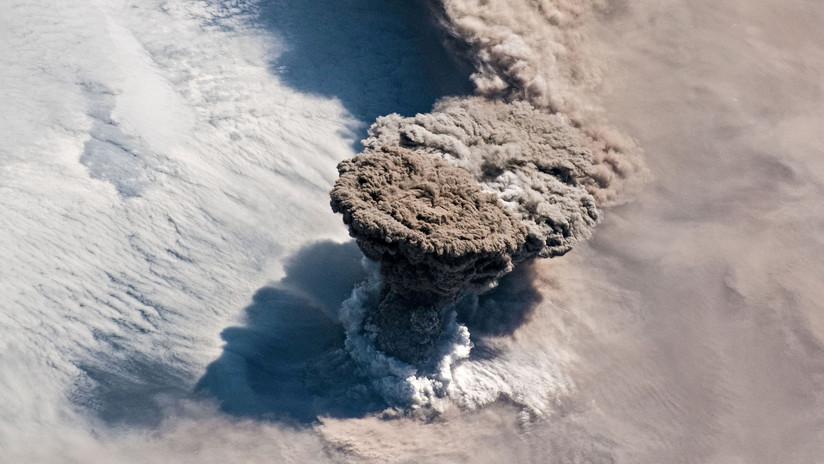 La erupción de un volcán ruso causa raros amaneceres y atardeceres púrpuras en otra parte del mundo (FOTO)