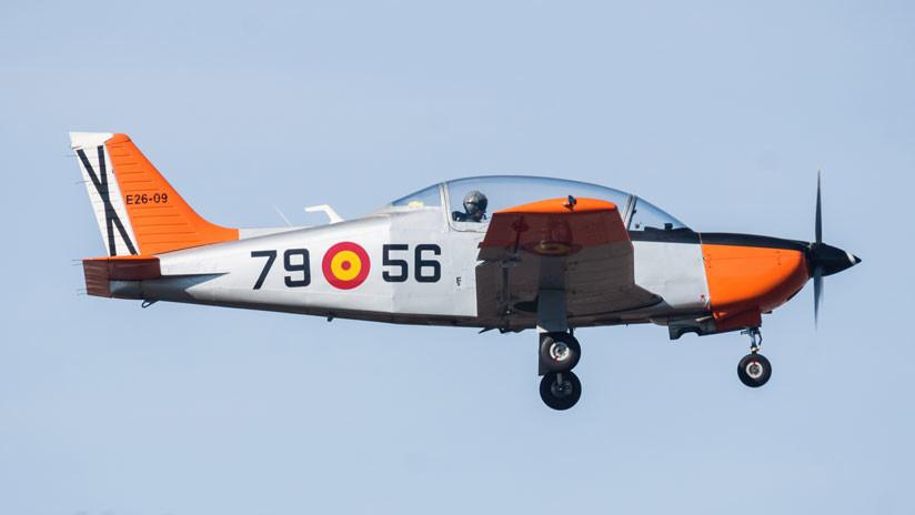 Mueren un instructor y su alumna al estrellarse un avión del Ejército español frente a las costas de Murcia