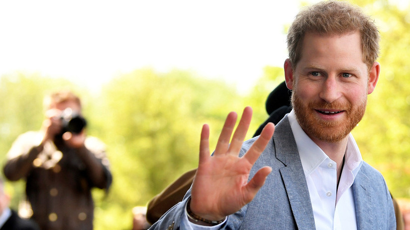 La BBC se disculpa por publicar 'sin previo aviso' una amenaza de muerte al príncipe Enrique