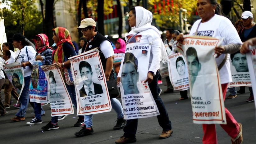 """La Fiscalía de México hará una nueva investigación """"casi de cero"""" del caso Ayotzinapa"""