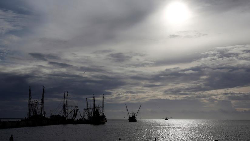 Tormenta tropical Lorena se convierte en huracán frente a la costa occidental de México