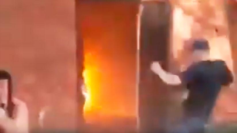 VIDEO: Instructor ucraniano enseña a cadetes a lanzar granadas y acaba 'noqueado' por una puerta