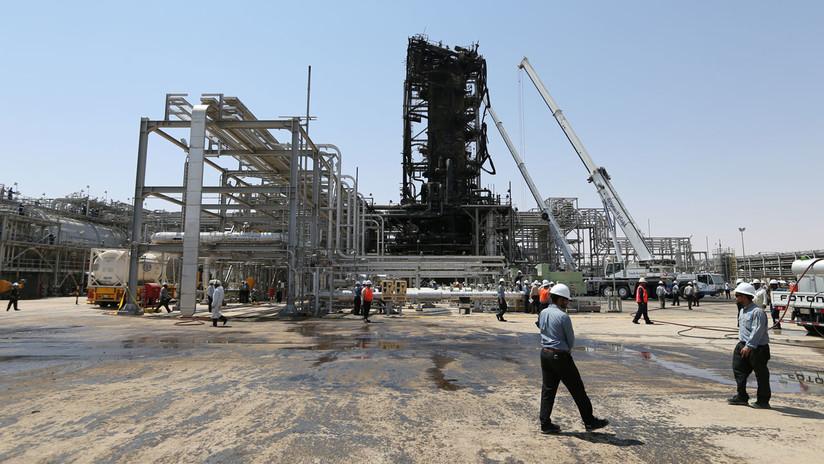 Arabia Saudita muestra los destrozos causados por el ataque con drones en una de sus refinerías (FOTOS)