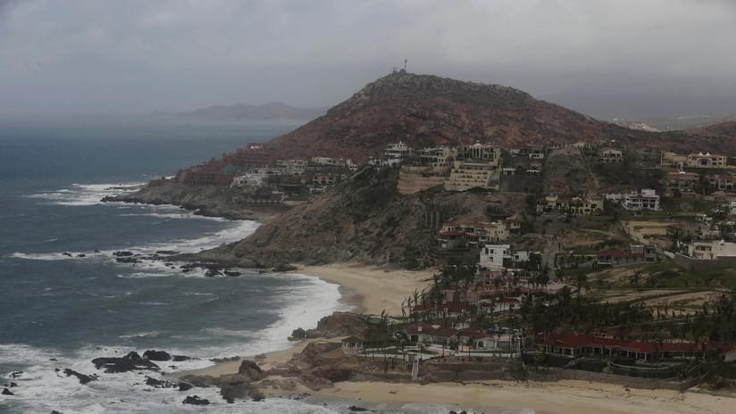 El ojo del huracán Lorena ingresa a Baja California Sur