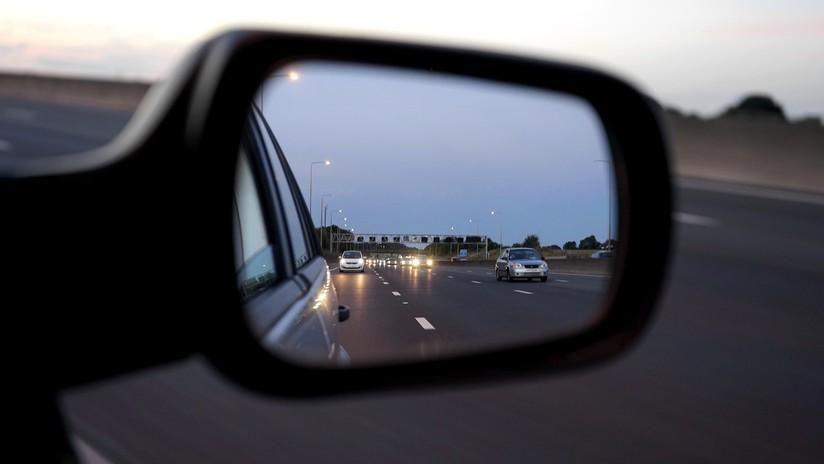 Policía detiene tras una persecución a 225 kilómetros por hora a un conductor y este queda sorprendido de que lo pudieran alcanzar