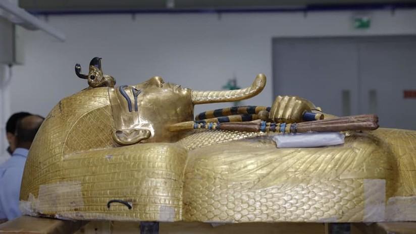 FOTOS: Muestran imágenes del ataúd de Tutankamón fuera de su tumba por primera vez después de 97 años de su descubrimiento