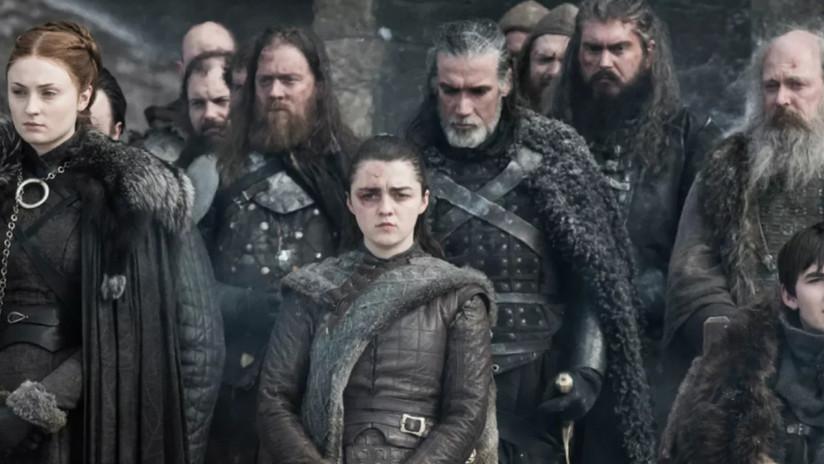"""Un tributo a 'Juego de tronos"""" en la ceremonia de los Emmy 'destripa' el final de la serie y enfurece a los fanes"""