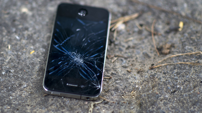 """FOTOS: Así lucen tras una caída los iPhone 11 hechos con el """"vidrio más resistente"""""""
