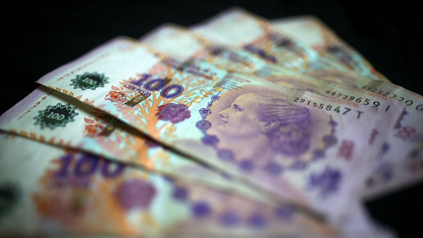 Acuerdan el pago de 5.000 pesos como un bono compensatorio para empleados privados de Argentina