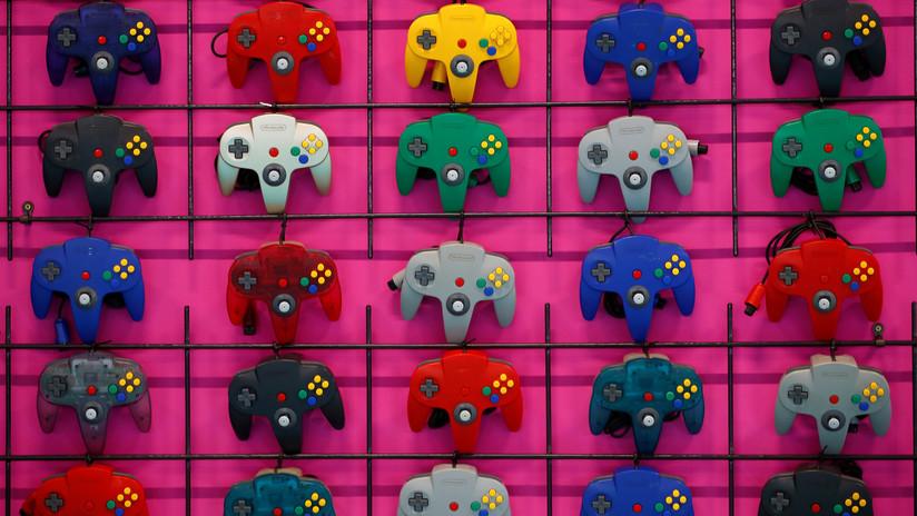 FOTOS: Así era el prototipo del primer control de la Nintendo 64
