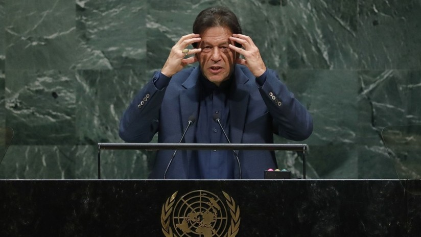 """El primer ministro pakistaní predice un """"baño de sangre"""" en Cachemira y amenaza a la India con armas nucleares en la ONU"""