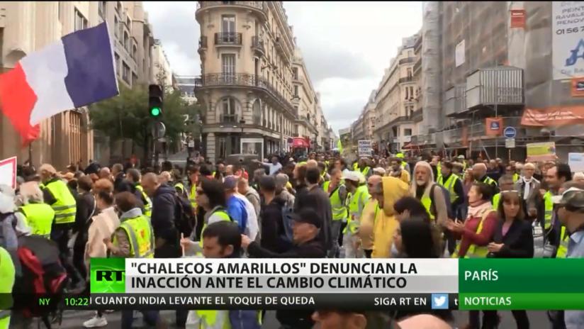Los 'chalecos amarillos' denuncian la inacción ante el cambio climático en la 46.° semana de protestas
