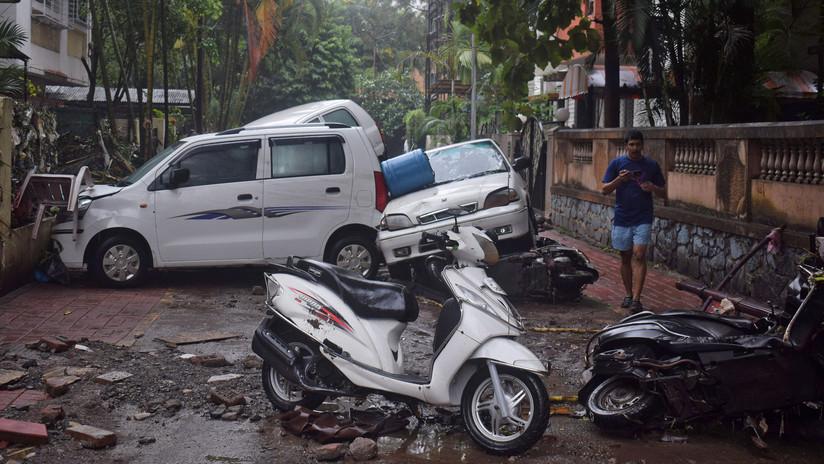 FOTOS: Las lluvias monzónicas dejan decenas de muertos y destrucción en el norte de la India