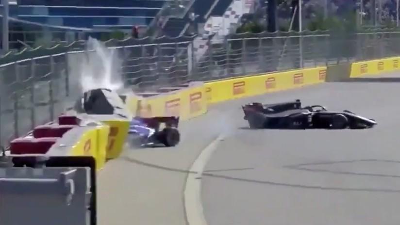 VIDEO: Un choque en la Fórmula 2 obliga a parar la carrera y deja a dos pilotos hospitalizados