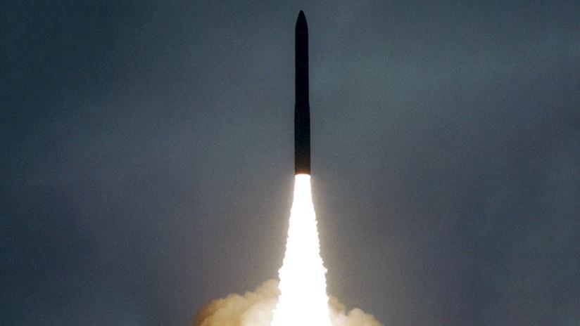 Rusia realiza un exitoso lanzamiento de prueba del misil intercontinental Topol-M (VIDEO)