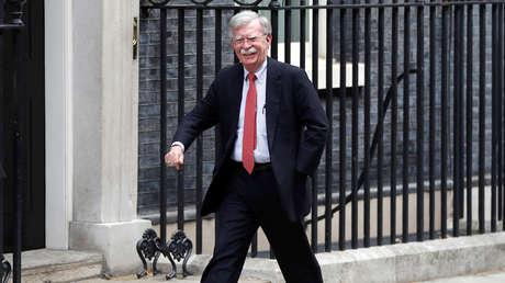 El asesor de Seguridad Nacional EE.UU., John Bolton, antes de su reunión con el canciller británico de Hacienda, Sajid Javid, en Londres, el 13 de agosto de 2019.