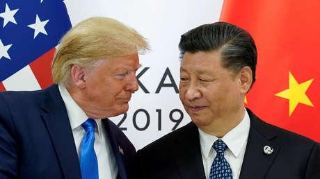 El presidente de EE.UU., Donald Trump, reunido con su homólogo chino, Xi Jinping, en Osaka, Japón, 2019.