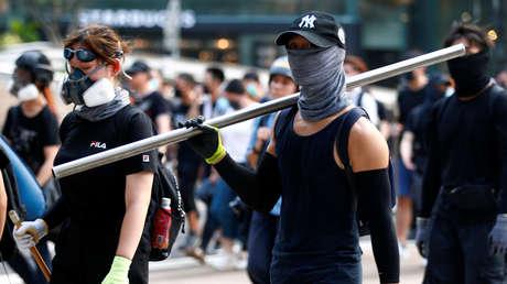 Manifestantes cerca de la estación de metro Causeway Bay en Hong Kong, China, el 8 de septiembre de 2019.