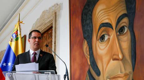 El Ministro de Relaciones Exteriores de Venezuela, Jorge Arreaza, habla durante una conferencia de prensa. 30 de agosto de 2019.