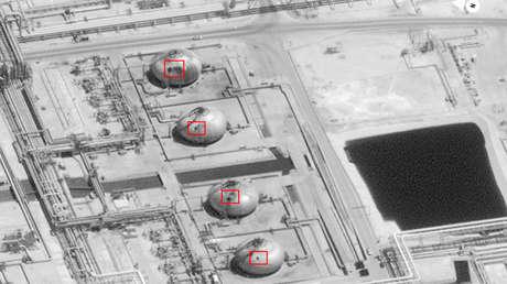 Daños en tanques esféricos, con marcas de perforación similares en el complejo petrolero Abqaiq.