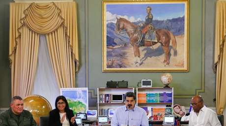 El presidente de Venezuela, Nicolás Maduro, y parte de su gabinete ministerial.