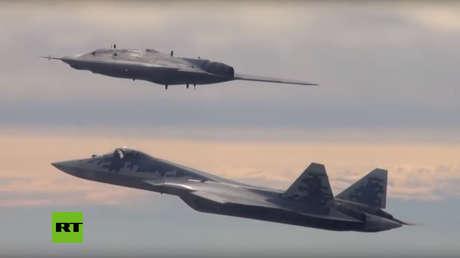 VIDEO: El dron pesado ruso Ojótnik interactúa por primera vez con el caza furtivo Su-57
